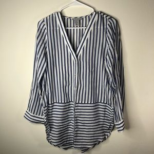 H&M Button Down Curved Hem BlueWhite Stripe V Neck